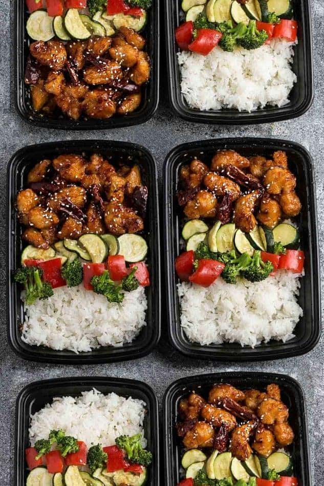 #slowcookerrecipes These 11 Healthy Slow Cooker Meal Prep Recipes are the best short cut to meal prepping for the work week! Just put all your ingredients in your slow cooker Sunday morning before heading out for some errands and you'll come home to healthy and delicious meals that'll last you all week long!