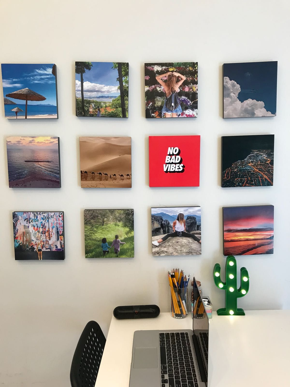 How To Decorate Your Office Decorate Your Office With Wallpics Sticky Photo Blocks They Re