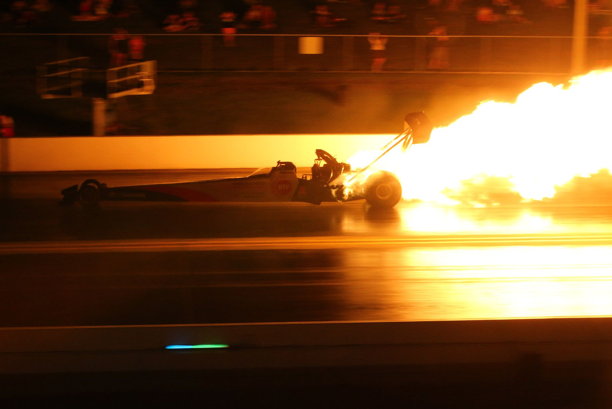 Damien Harris Experienced Not One But Two Engine Explosions During Day One Of The Santo S Cranes Super 3 Extreme Drag Race Event Drag Race Drag Racing Racing