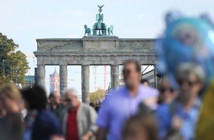 Fest Zum Tag Der Deutschen Einheit Tag Der Deutschen Einheit Platz Der Republik Deutsche Einheit