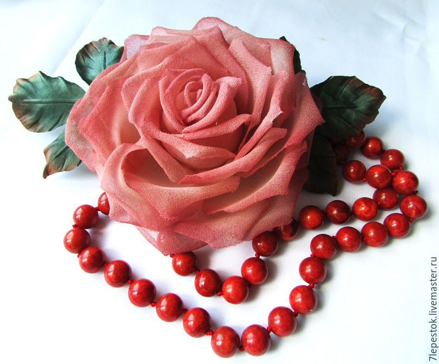 Купить Брошь Коралловая роза. Цветы из шелка - коралловый, розовый, роза, шелковая роза