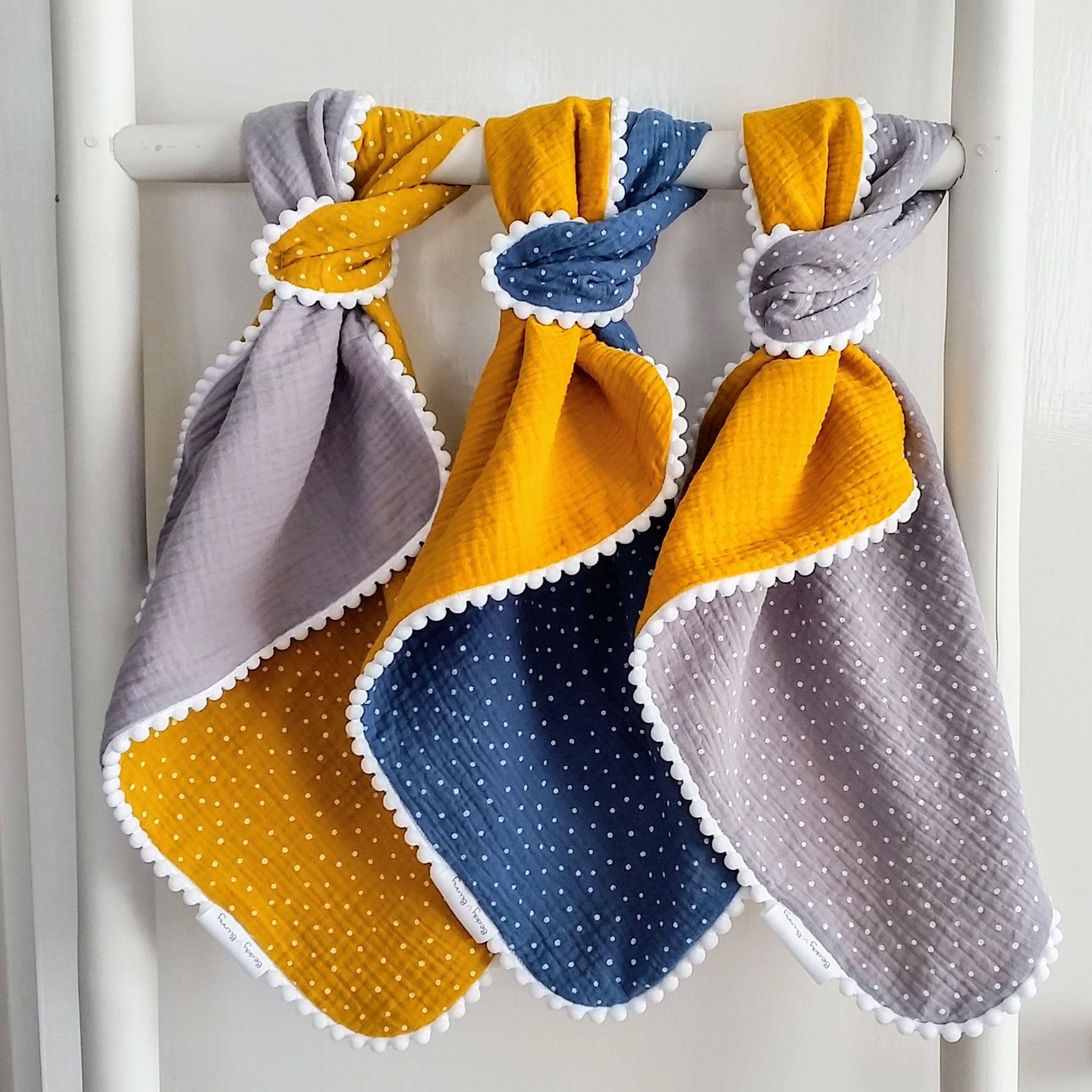 Pom Pom Comfort Blanket Muslin Comforter Pom Pom Mini Blanket Mustard Dots Blanket Cute Baby Blanket Double Gauze Security Blanket Muslin Baby Blankets Unique Baby Gifts Baby Lovey