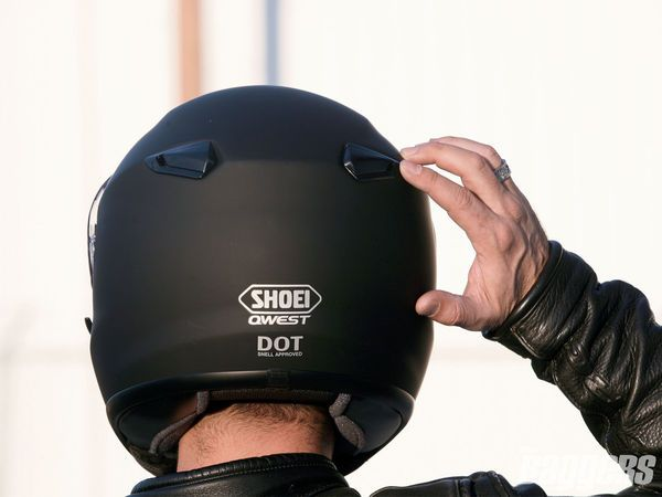 4c41541b Shoei Qwest Helmet – Budget Friendly Choice   Full Face Helmets ...
