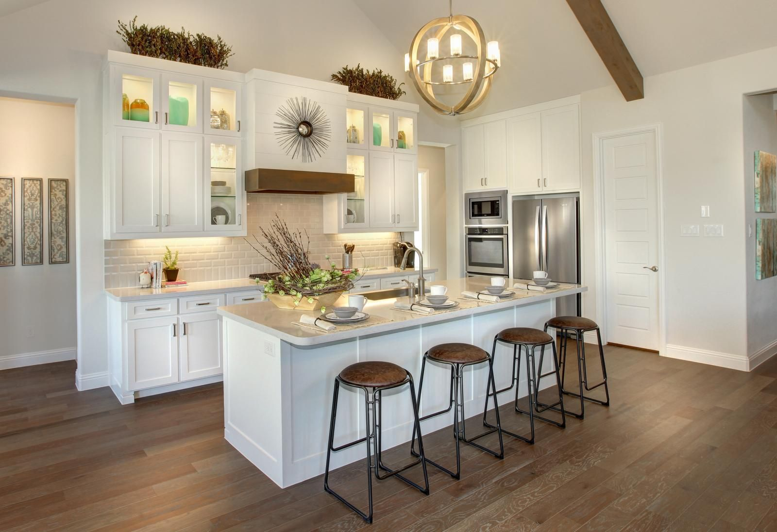 Drees Custom Homes Parkhill Kitchen with white