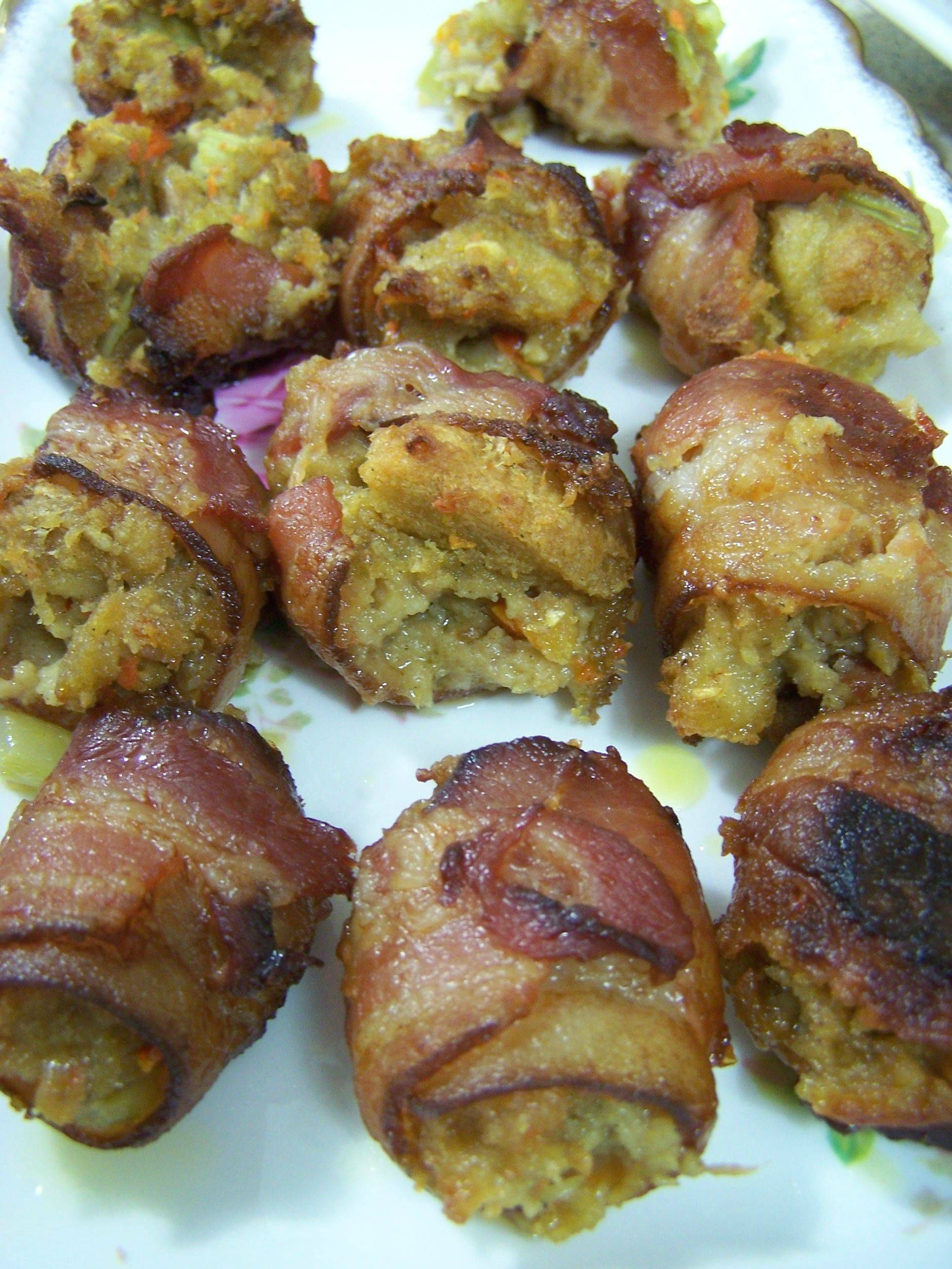 Baconwrapped Stuffing. NEED to do this with leftover