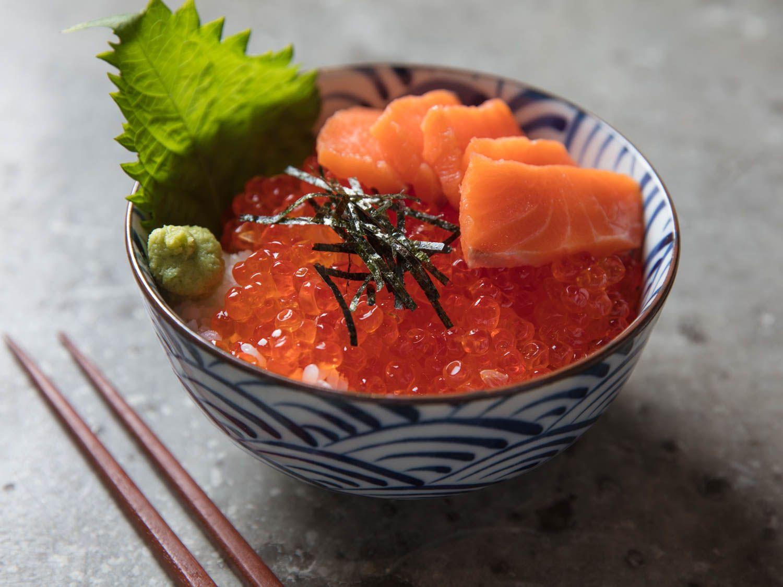 Ikura Don Japanese Rice Bowl With Salmon Roe Recipe Recipe Ikura Recipe Dinner Bowls Aesthetic Food