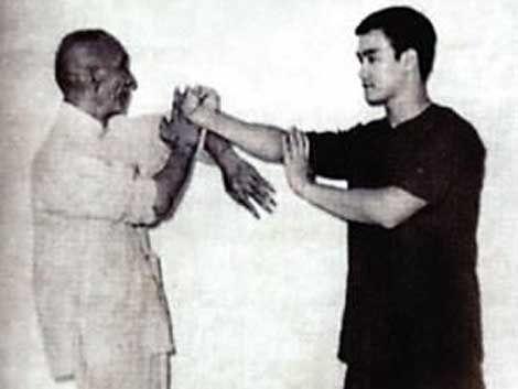 Bruce Lee And Grand Master Ip Wing Chun Martial Arts Wing Chun Kung Fu Wing Chun