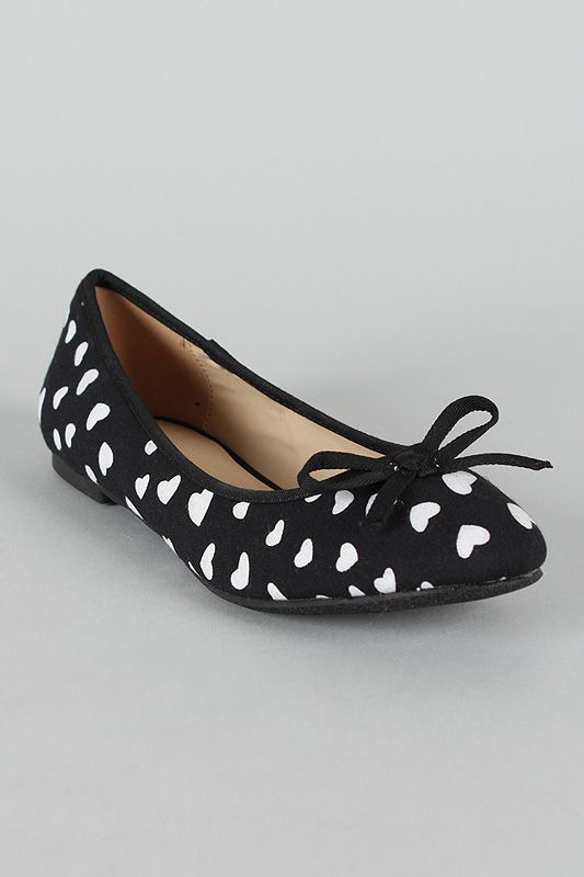 Misbehave Winter Heart Print Round Toe Ballet Flat