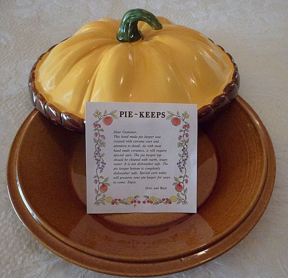 Autumn Thanksgiving Pumpkin Ceramic Covered Pie Plate Pie-Keeps by Over & Back #handmade