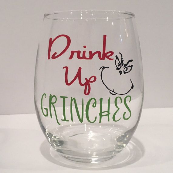 Fun drink up grinches wine glass for the holidays how for Christmas in a glass cocktail