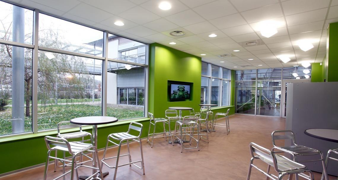 Espace détente dans les bureaux de msc sgcc à lyon vourles