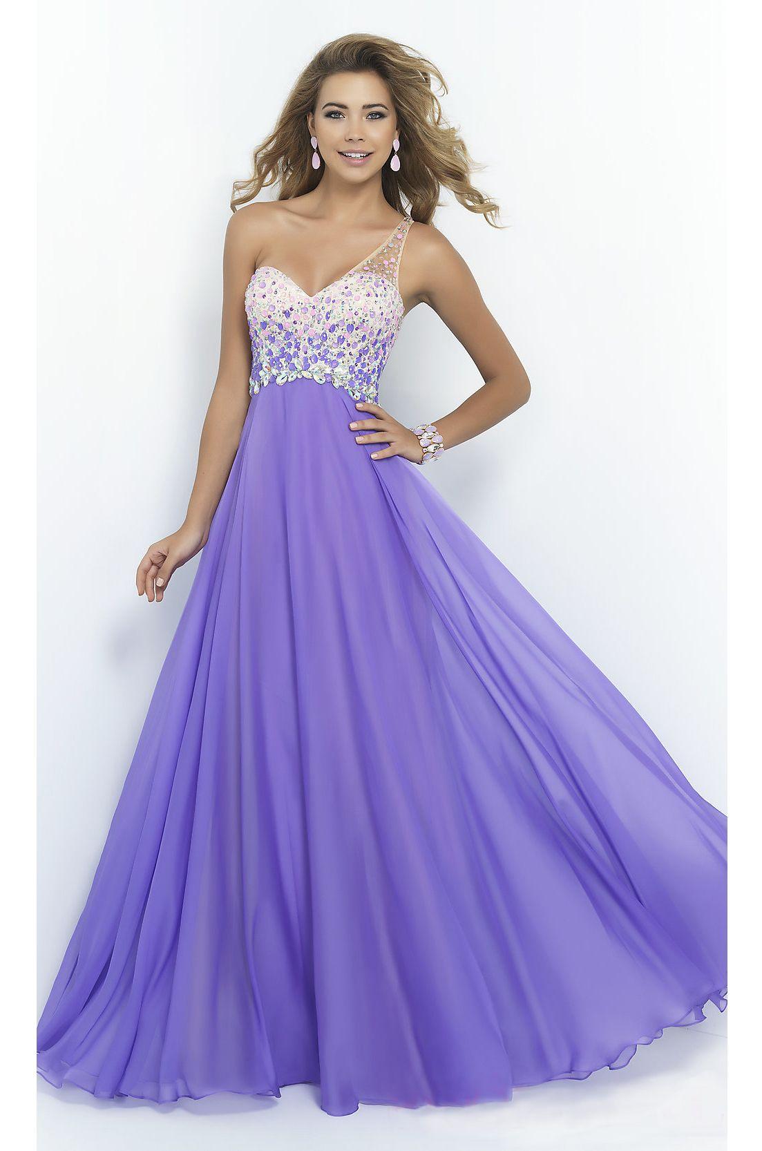Pin de Emily Kearns en Prom dresses for grad this year!! | Pinterest ...