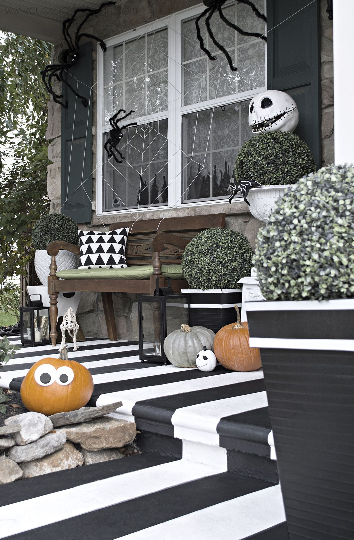Black and white Halloween Front Porch Pinterest Halloween porch - black and white halloween decorations