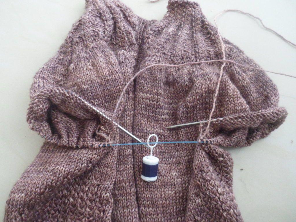 tricoter 2 manches en meme temps
