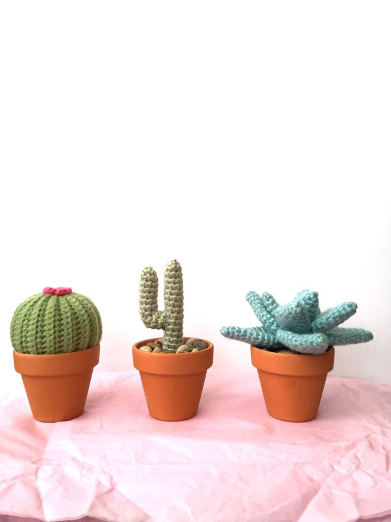 Crochet amigurumi cactus to decorate any office space   Free ...