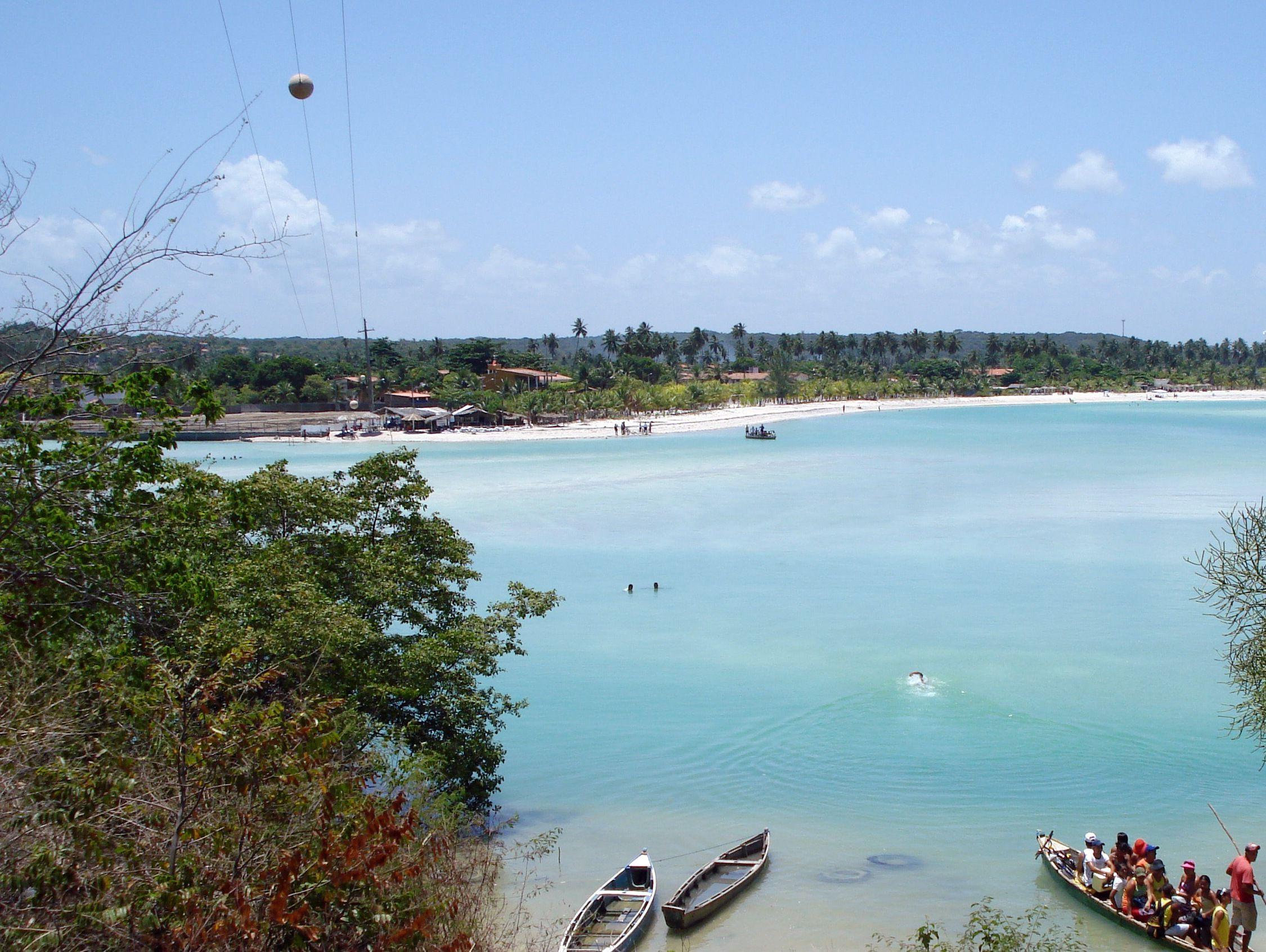 * Ilha de Itamaracá * Estuário. Área: 66,68 Km². # Estado de Pernambuco, Brasil.