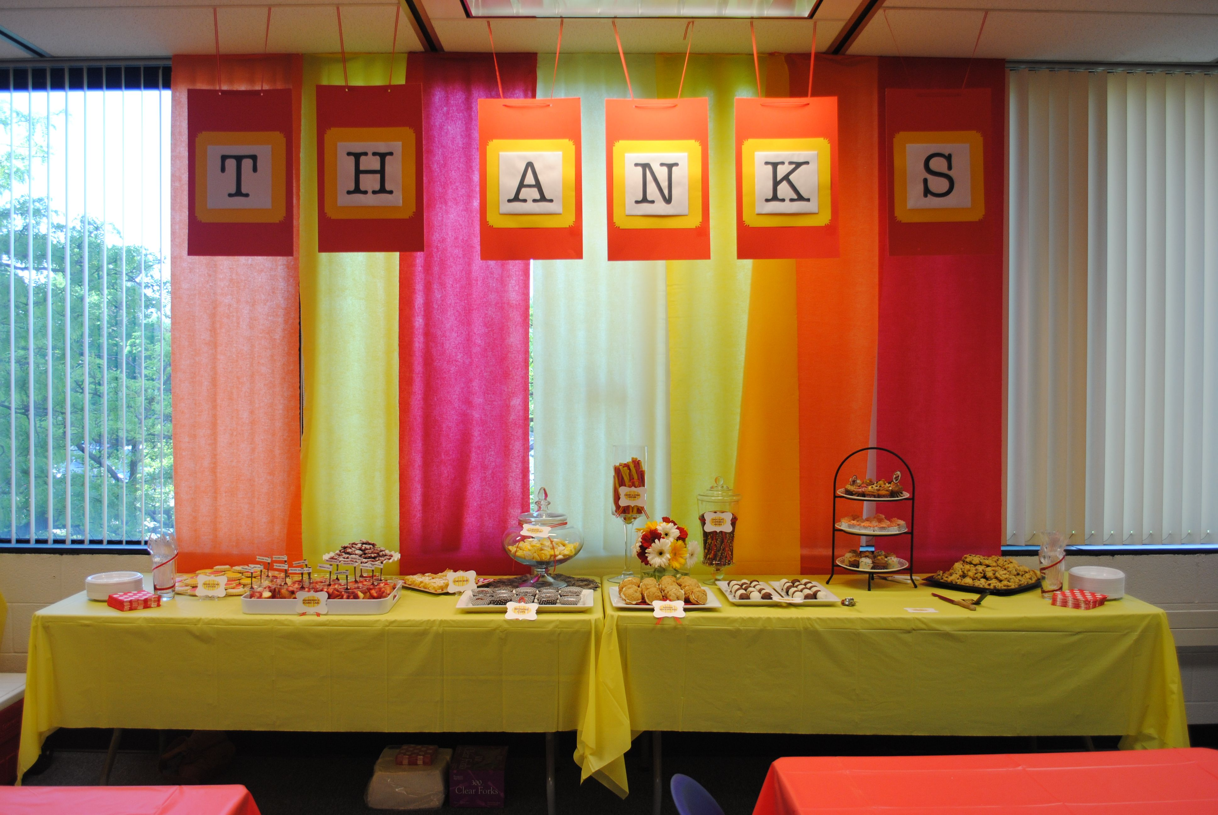 """Colorful and easy table backdrop. Like the hanging """"thanks ..."""
