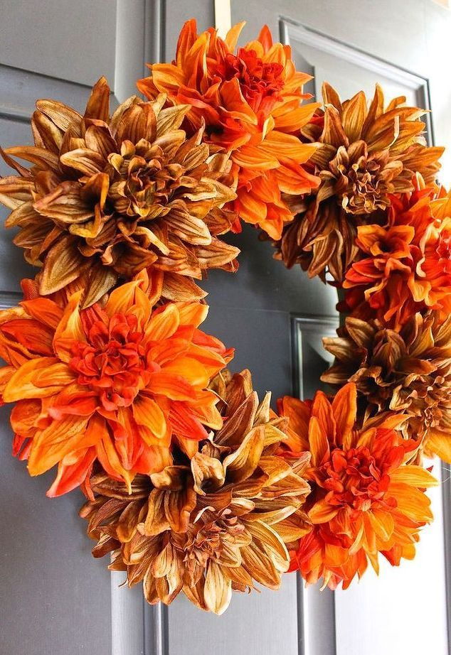 She Pokes 8 Holes In A Dollar Store Foam Ring And 5 Minutes Later This Wreath Idea Is Gorgeous