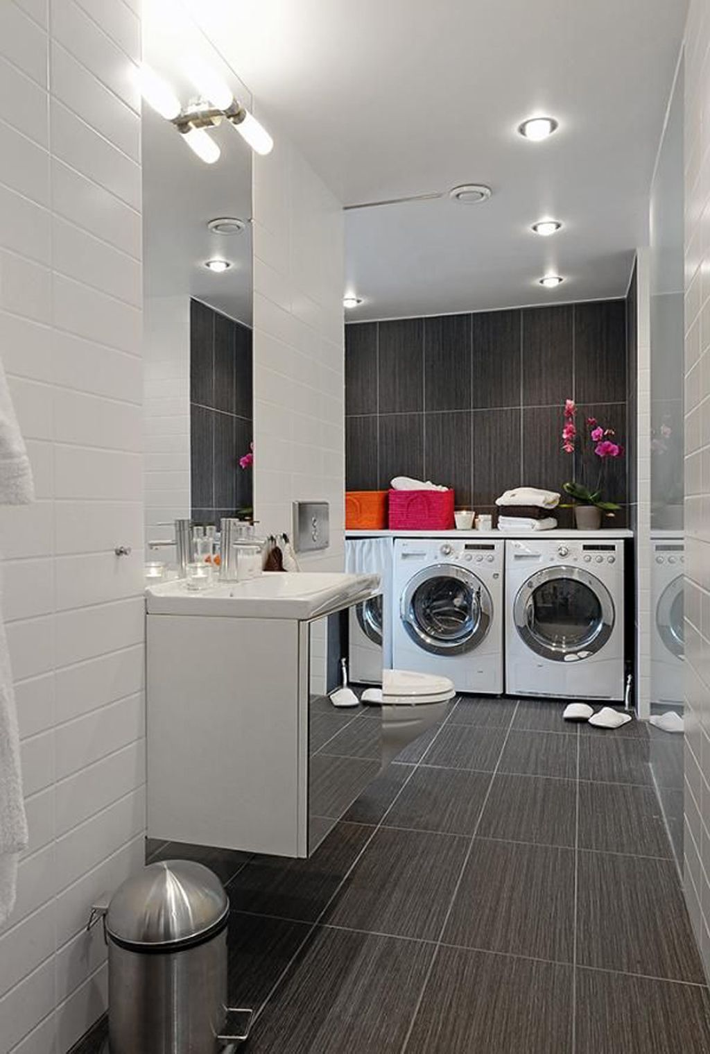 Best Flooring For Bathrooms And Laundry Rooms