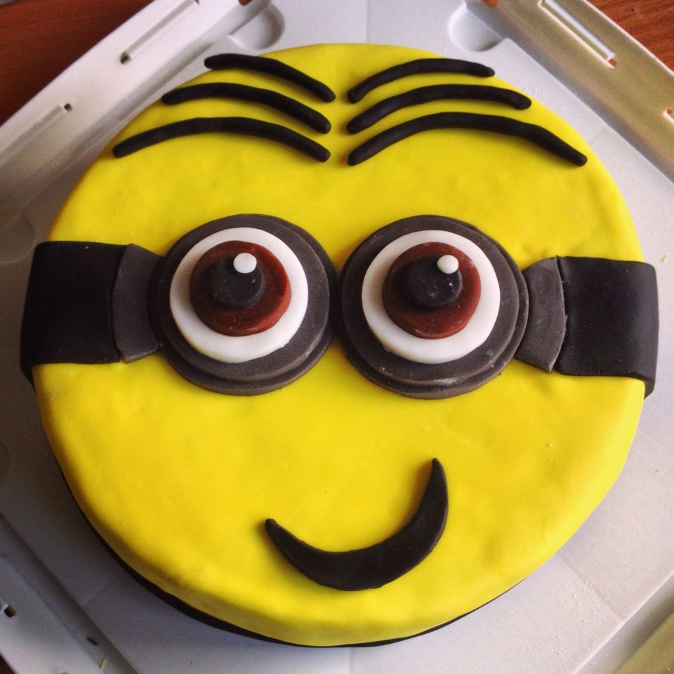 Dave the Minion Birthday Cake minion cake ideas Pinterest