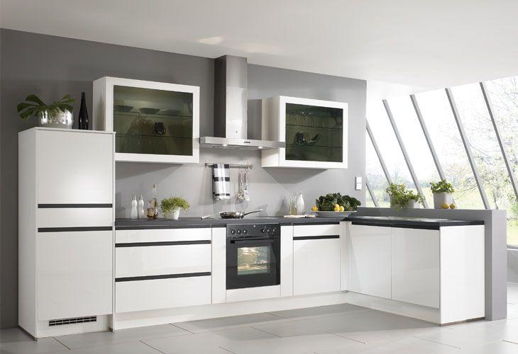 küche in schwarz-weiß / kitchen in black and white | küchen, Hause ideen
