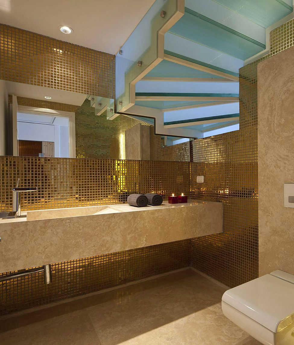 Luxury Opera Penthouse With Inspiring Armani Design Décor In - Luxury apartments bathrooms