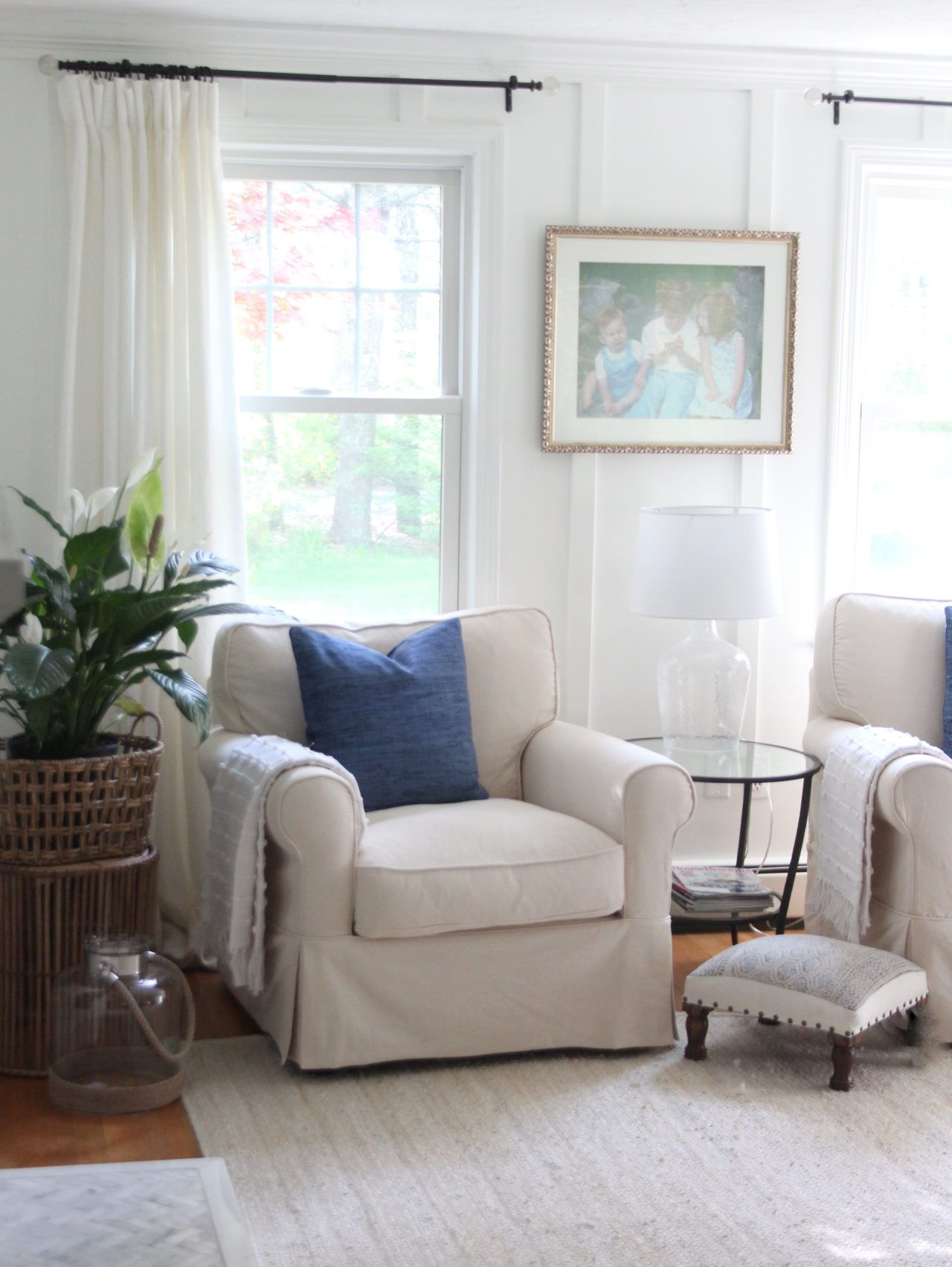 One Room Challenge Reveal A Family Room Makeover With Raymour Flanigan Family Room Chair Family Room Makeover Country Family Room #raymour #and #flanigan #living #room #ideas