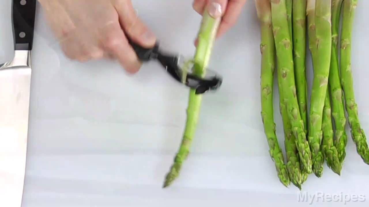 How To Trim Asparagus Asparagus Asparagus Recipe Whole Food Recipes
