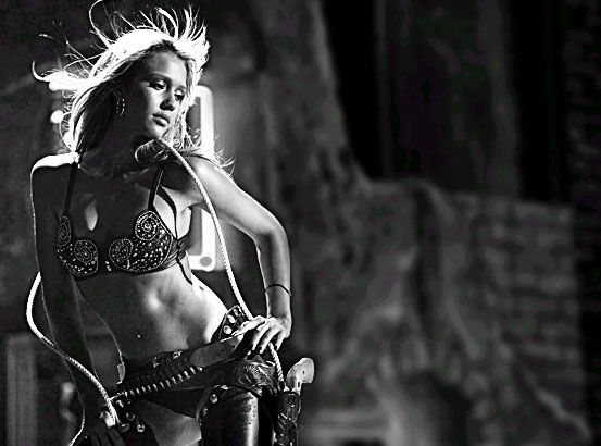 SIN CITY Movie Poster Jessica Alba NANCY Stripper Cowgirl Full Size 24x36