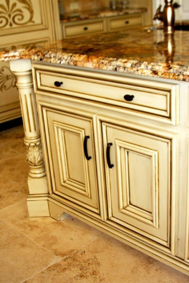 Best Ivory W Black Gold Glaze Glazed Kitchen Cabinets 400 x 300