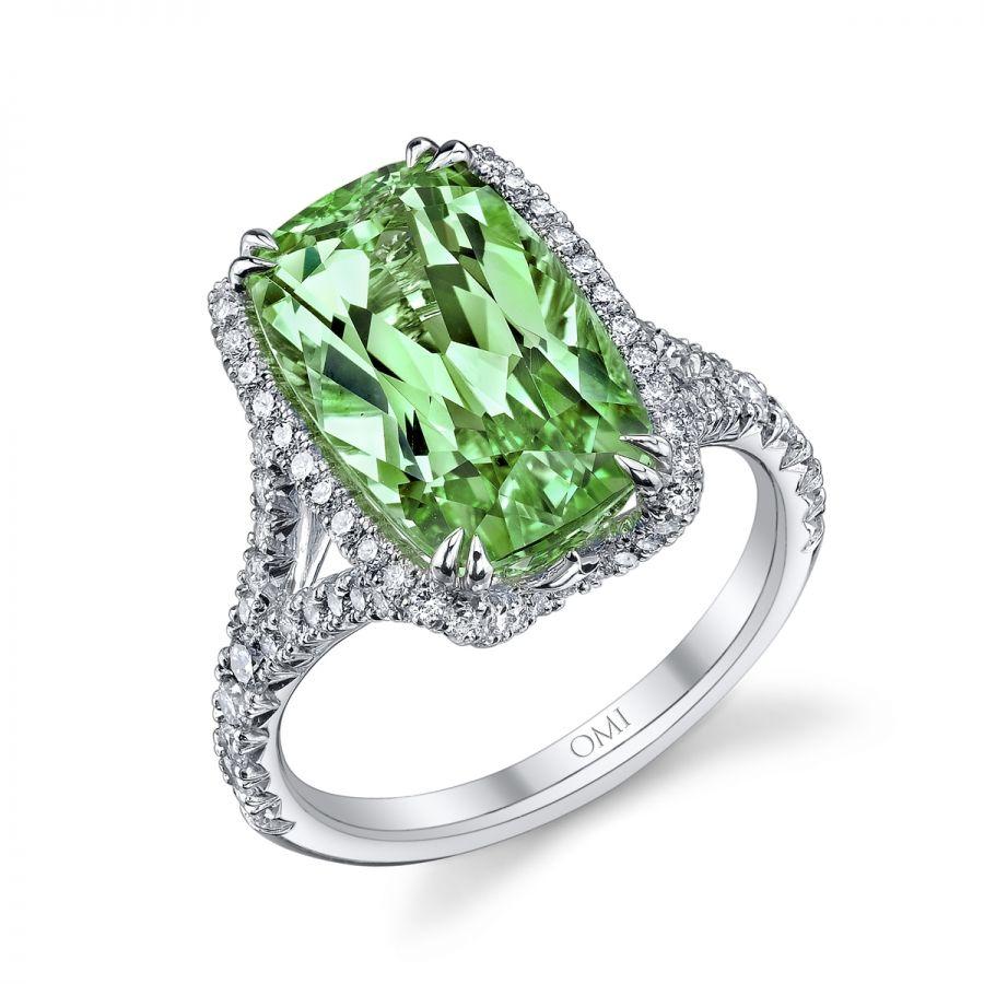 Award Winning Tsavorite Garnet & Diamond Ring
