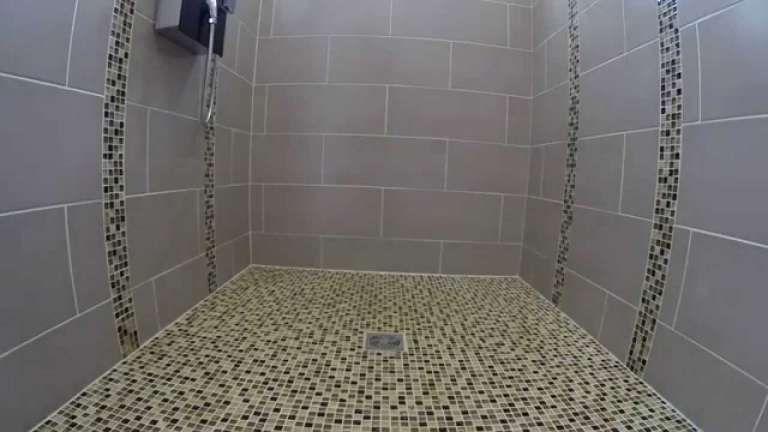 17 pose faience salle de bain