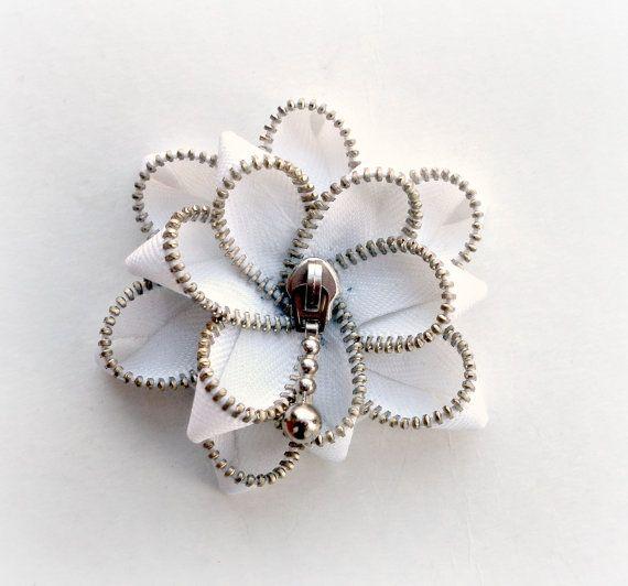 White Floral Brooch / Zipper Pin
