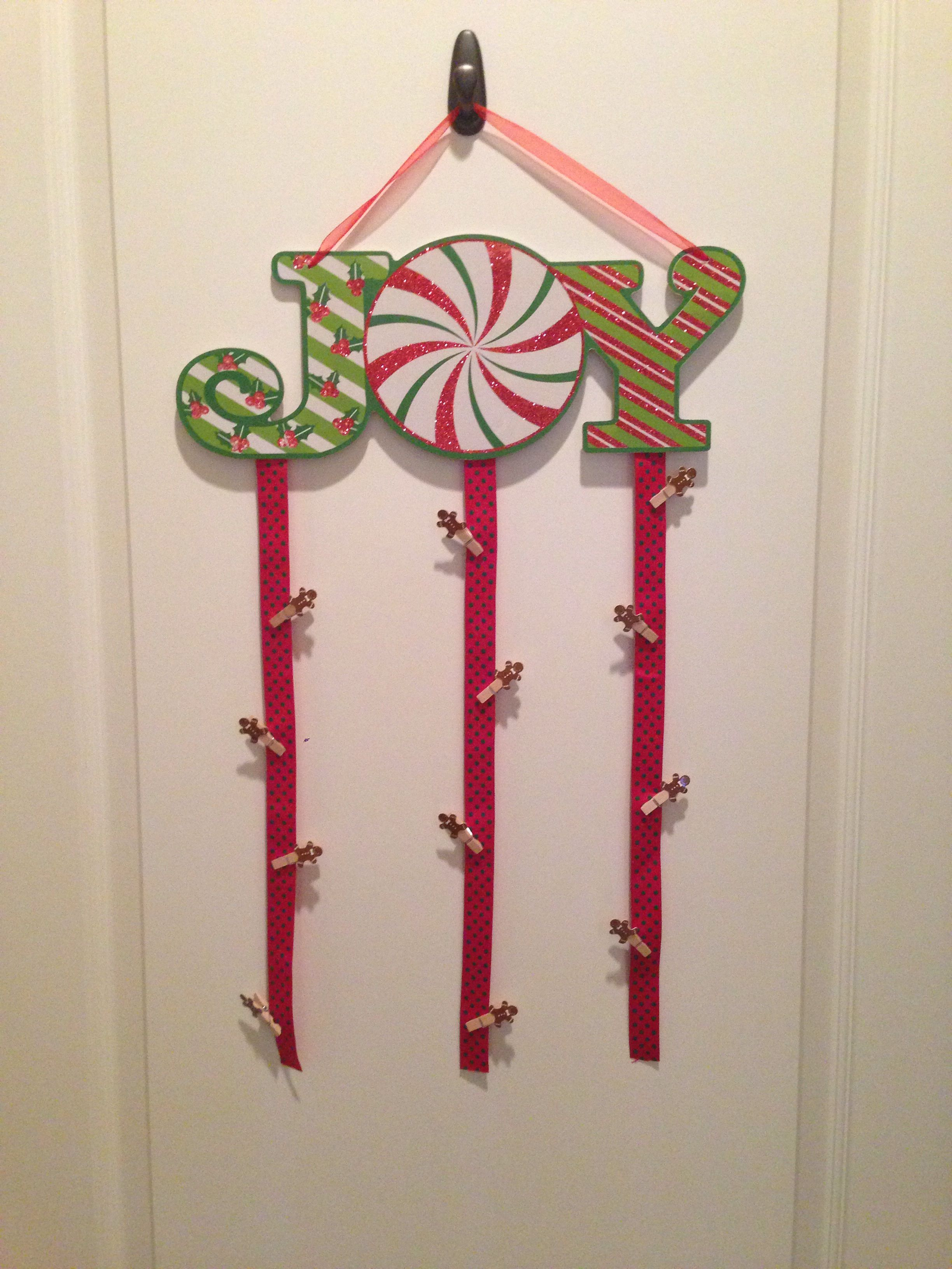 Joy Christmas Card Holder With Ribbon And Gingerbread Mini