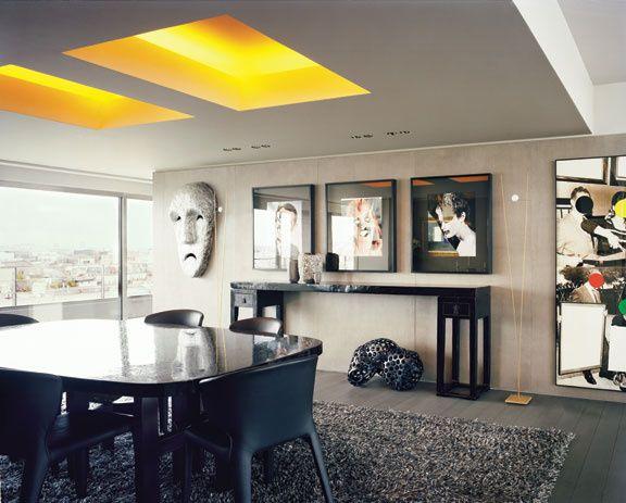 Une fen tre sur la ville dining living room art and for La fenetre apartments