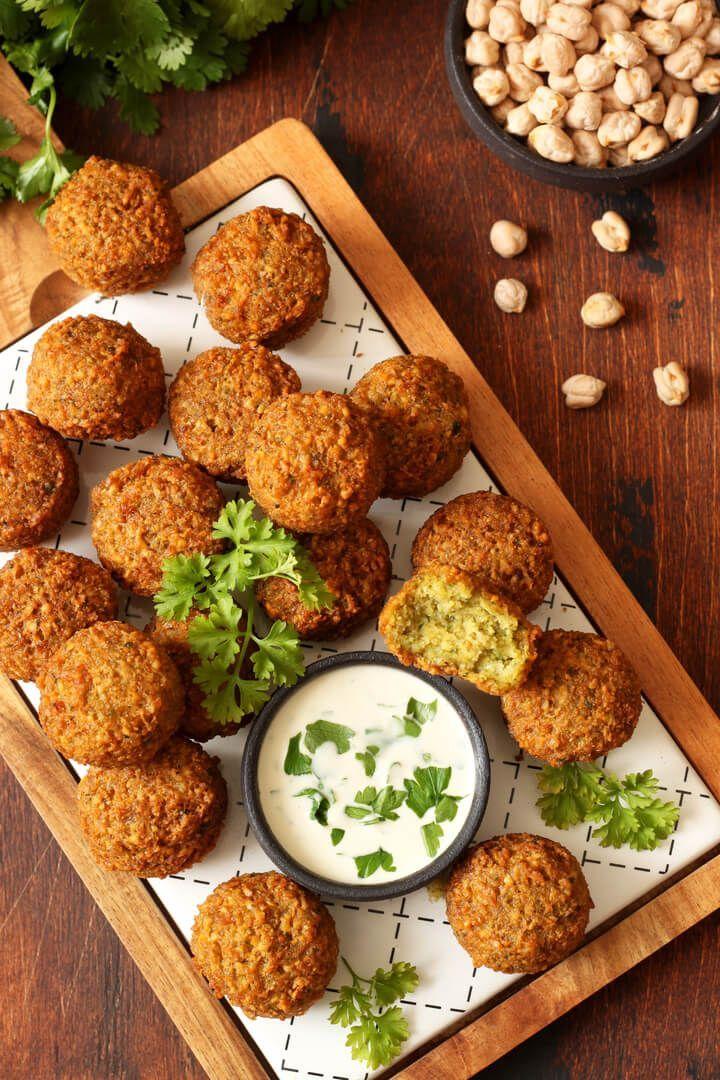 22+ Gesunde Ofen Falafel mit Kräuterquark   Fitness Rezept zum Abnehmen
