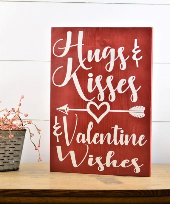 Hugs and Kisses Sign, Happy Valentines Day Decorations for Valentines Day Decor Primitive Valentine