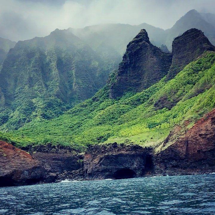 "Lila🌹 on Instagram: ""Breathe IN...  P A U S E Breathe OUT. 🤪 Repeat.   #napalicoast #kauai #boatventures #beauty #portal #lemuria #hawaii #gardenisle…"""