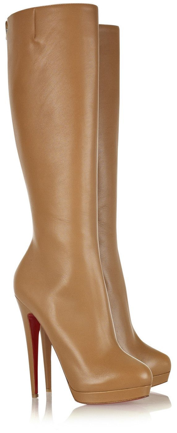 bottines camel louboutin