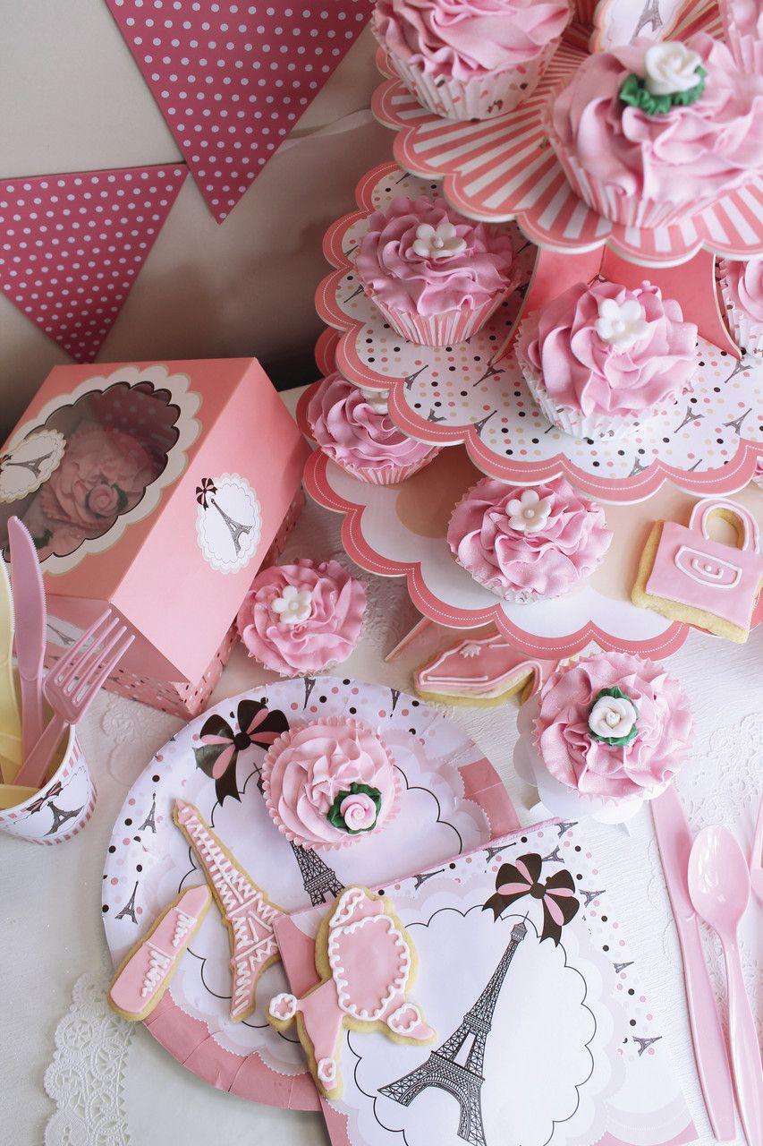 décoration anniversaire fille thème Paris Paris girl birthday | my ...