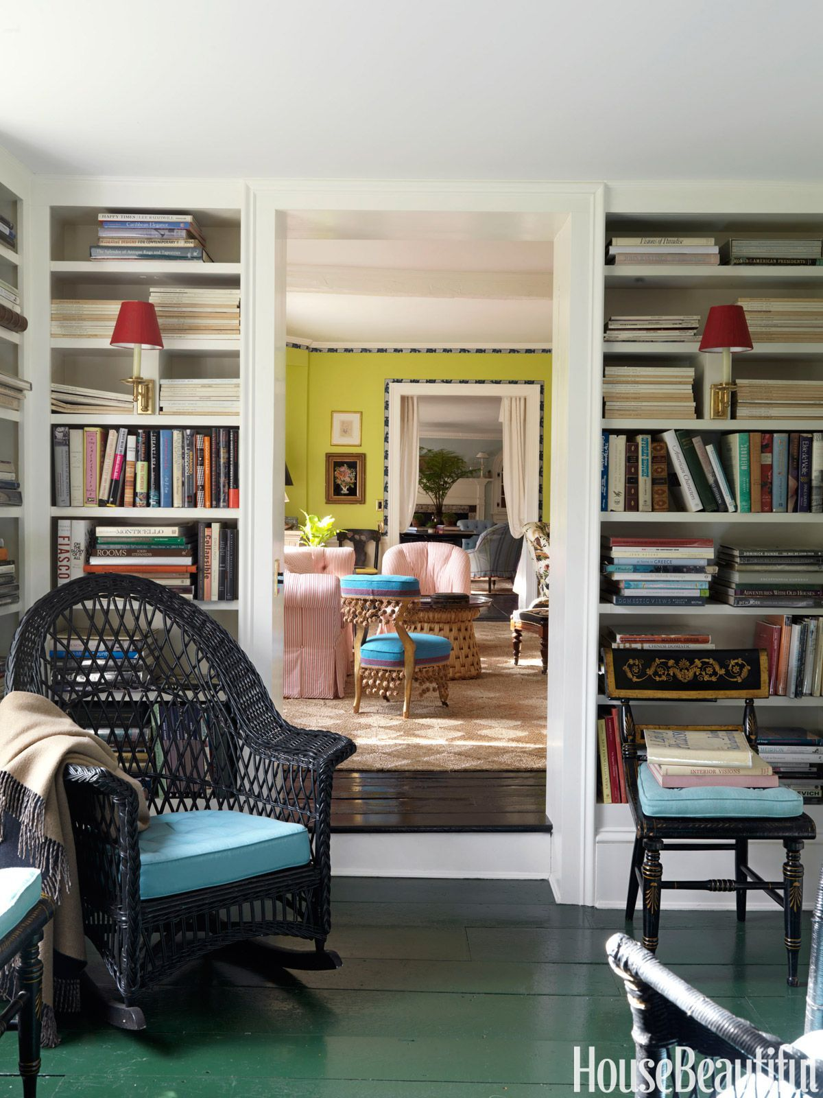 Here Are 45 Stylish Home Libraries For The Fantasy File