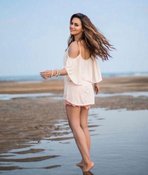 Sana Khaan the Beautiful Indian Actress. #SanaKhaan #BeautifulIndianActresses