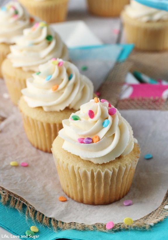 easy vanilla cupcakes no butter