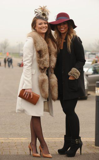 Winter race day fashion | Races outfit, Races fashion, Horse
