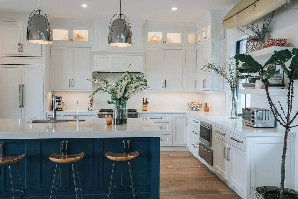 Kitchen Cabinets Jupiter Fl Blue And White Coastal Kitchen Kitchen
