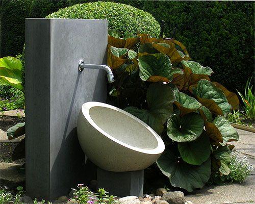 Garten Wasserzapfstelle beton Pinterest Gärten, Außenanlagen - gartendeko aus beton selbstgemacht