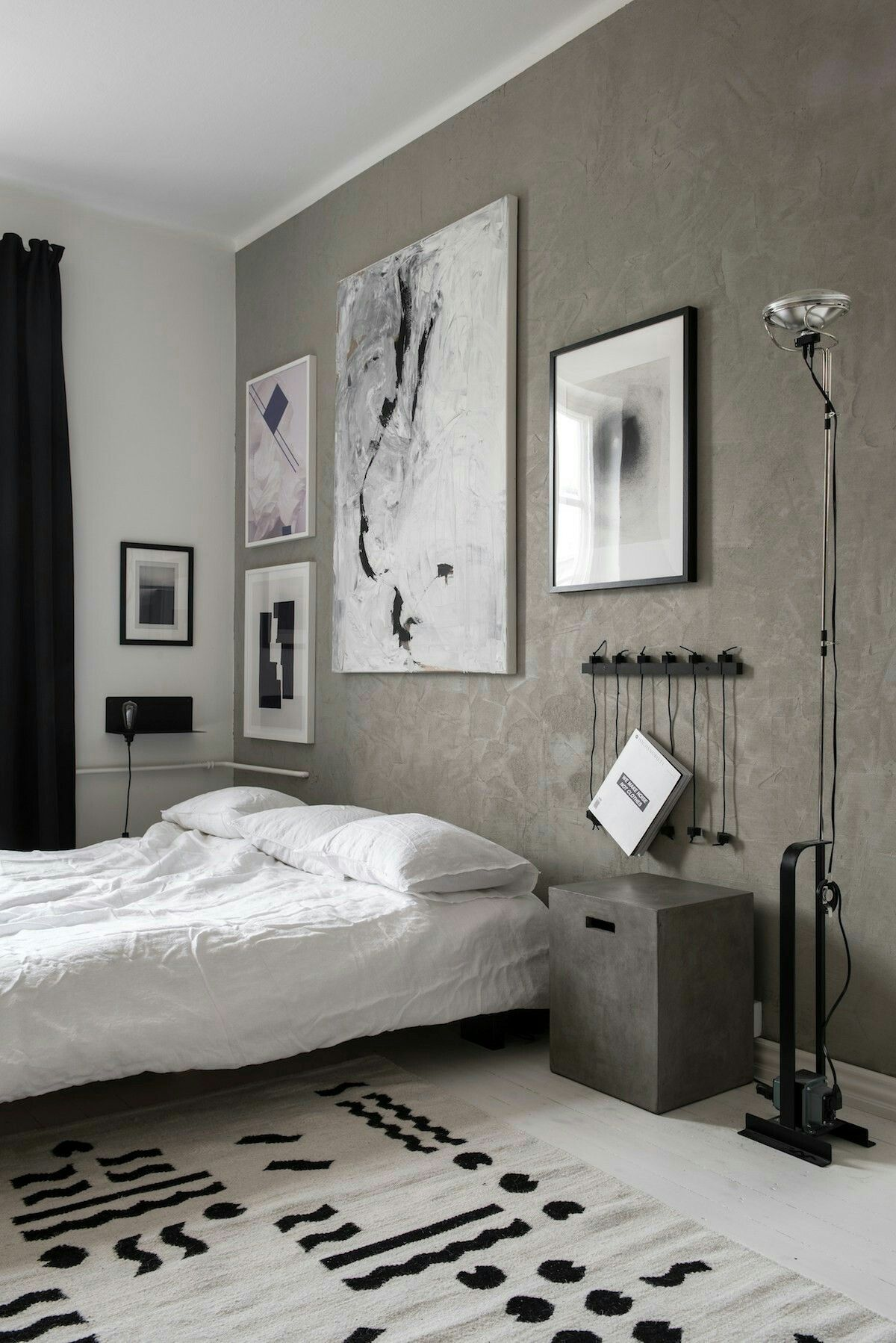 Bedroom With Textured Walls Design By Laura Sepp Nen, Photo