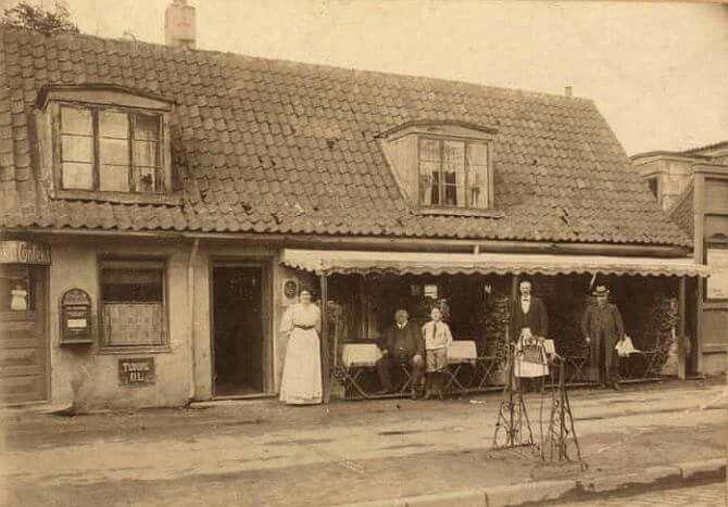 b86155de49c Café Syven på Amagerbrogade | Amager | House styles, Home Decor, Decor