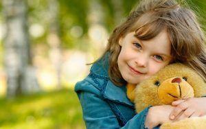 صورة جميلة للبنات صور بنات المدرسة هي مجموعة من الخلفيات الجميلة و الجديدة من صور بنات كيوت Happy Teddy Bear Day Teddy Bear Day Laughing Baby