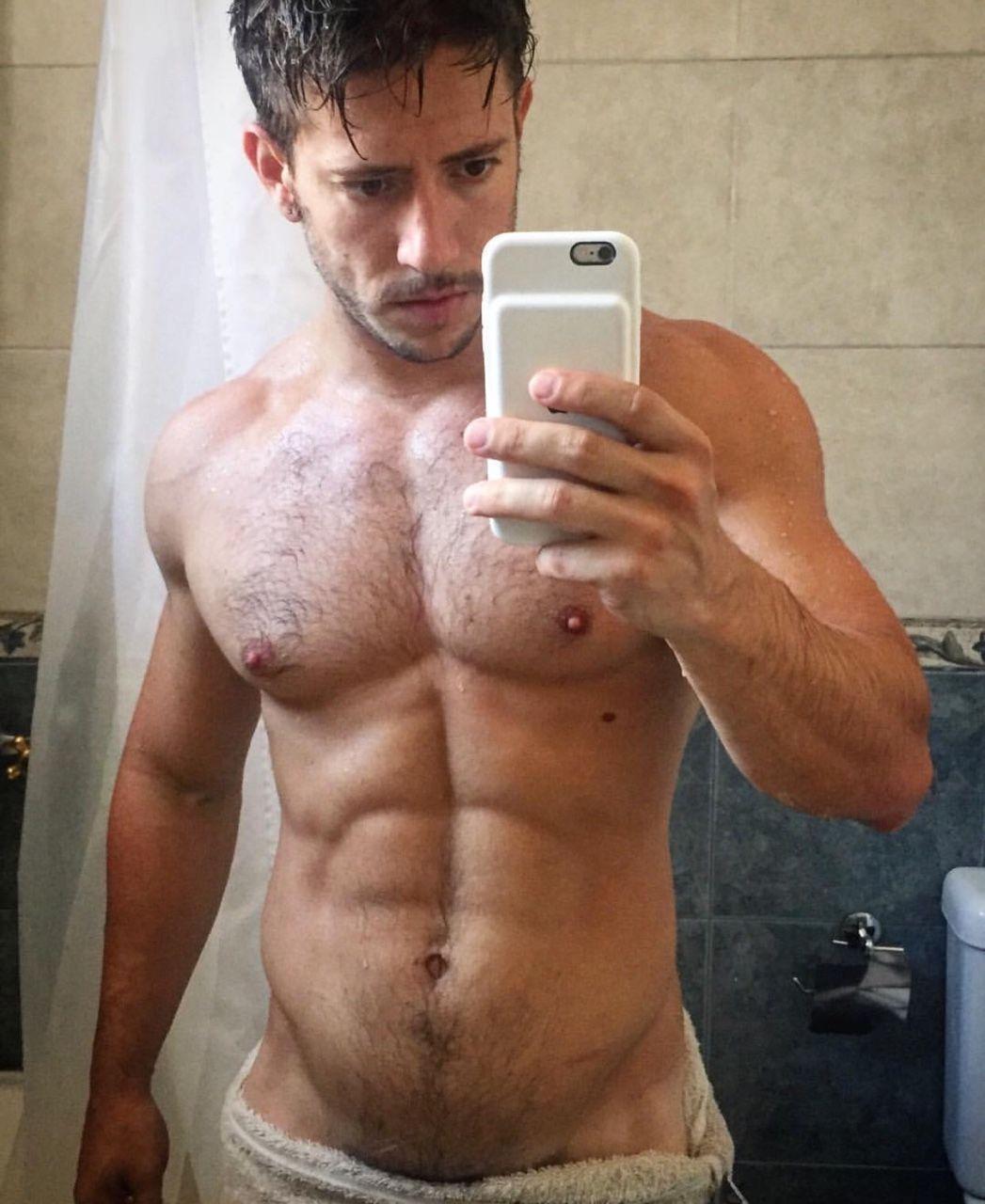 par söker par nuru body gay to body